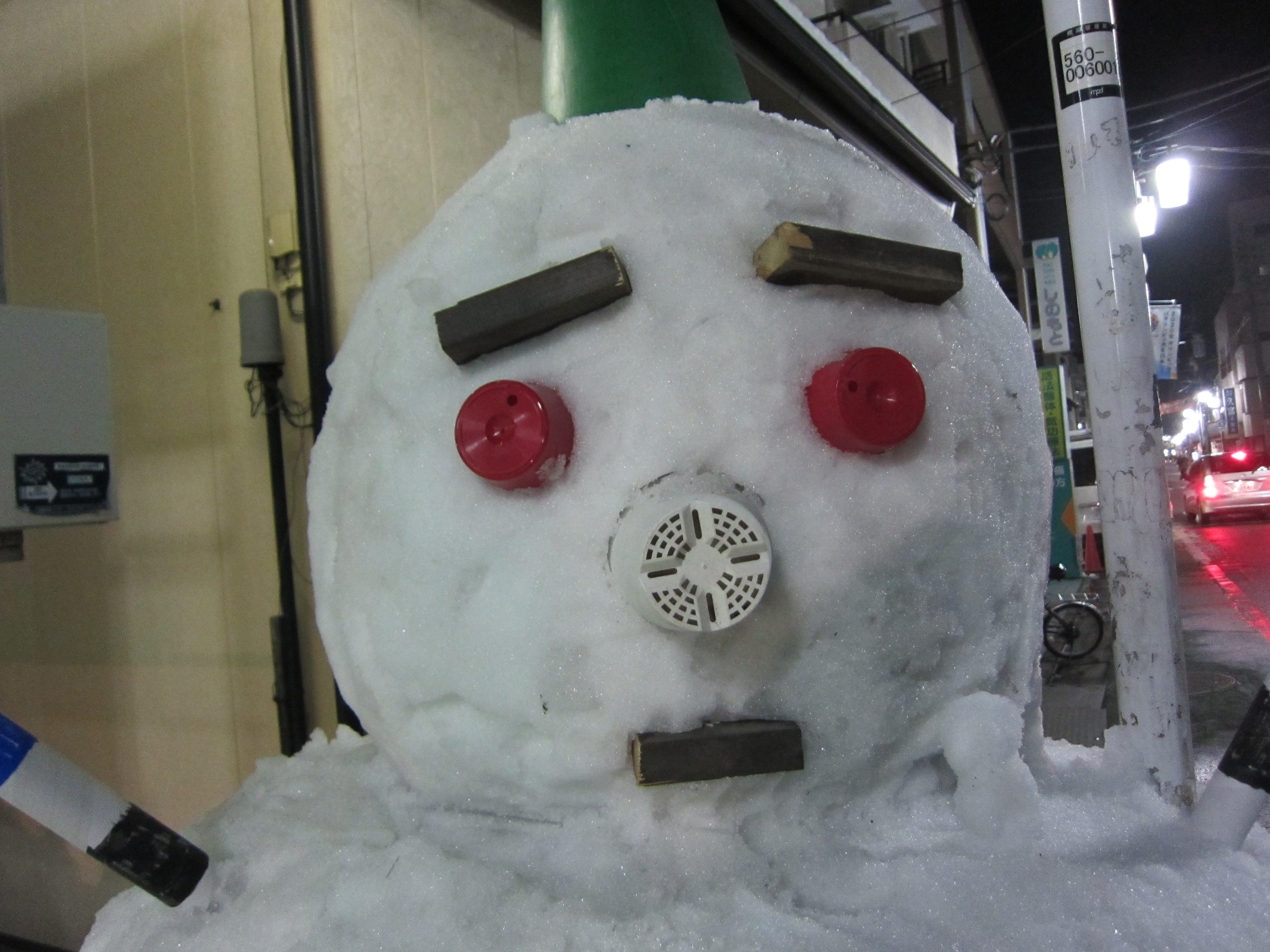練馬区某所の雪だるま
