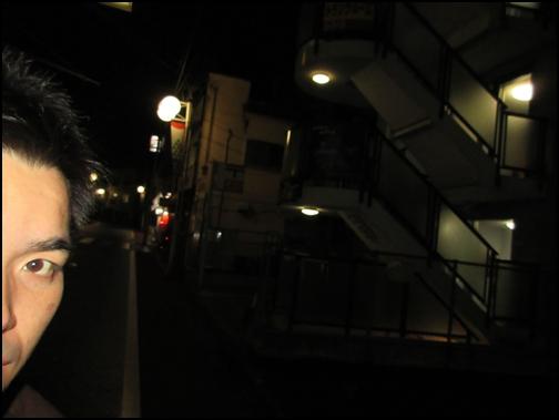 横浜ギャラクシー前