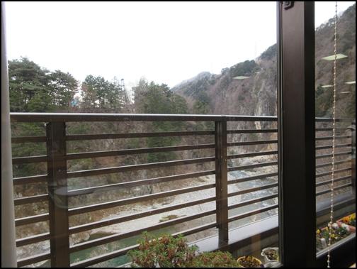 鬼怒川おおるり窓